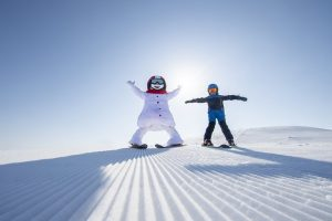 Med Valle på ski